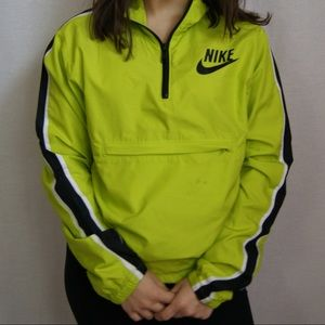 ✘ NEON GREEN NIKE WINDBREAKER ✘